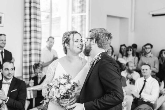Photo cérémonie civile, reportage mariage par Maxime Castric